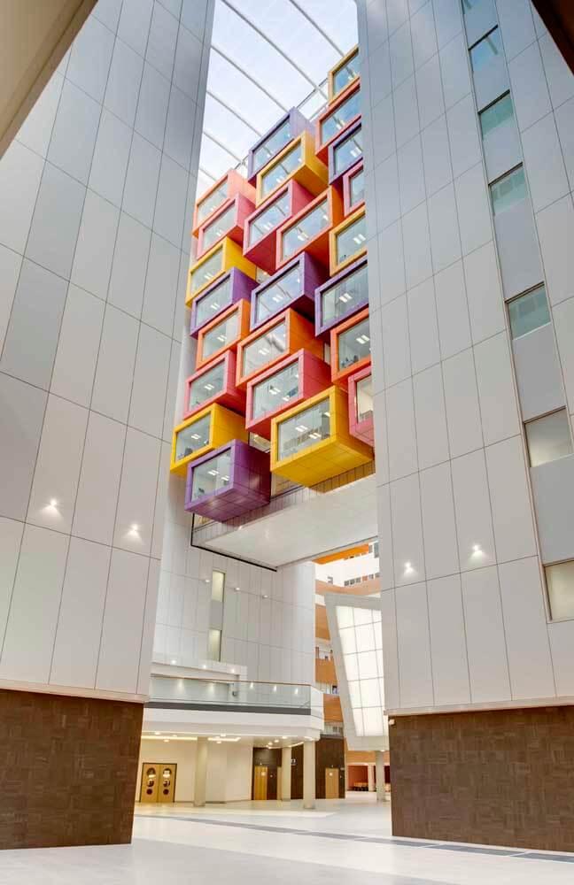 Interior Of Queen Elizabeth University Hospital Glasgow 09